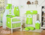 Bobono - Baby White Cot With Hanging Hearts - Green Polka