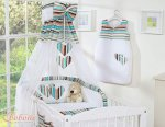 Bobono - Baby White Cot With Hanging Hearts - Brown Rainbow