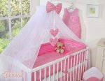 Bobono - Baby White Cot With Hanging Hearts - Fuschia Checkered